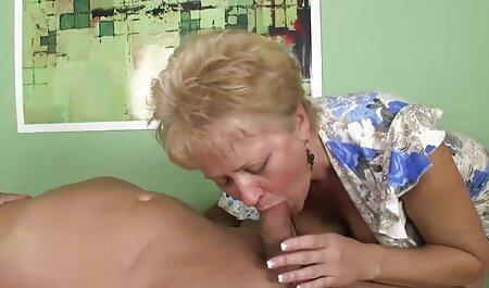 Luego, presione un busto grande de un colombiano y presione el agujero en porn latino amateur el pollo