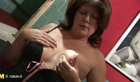 Su novio donde el videos pornos caseros latinos pene en la boca de una madre en bragas azules y sujetador delgado