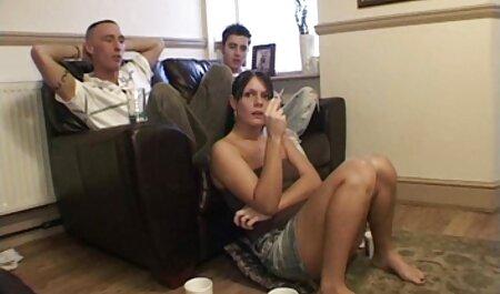 Joven hombre pisoteado mamá con coño peludo videos xxx amateur latino