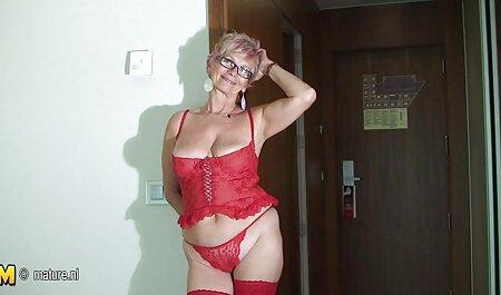 HD, lencería erótica y sexo anal en medias y saludable con una polla, latinassexo