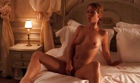 Belleza anime latino porno chupa gran polla mientras él lame su vagina