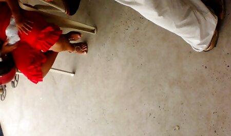 Novia con un hombre puso sus manos en su porno amateir latino vagina