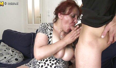 Las chicas están teniendo sexo en el coño en la videos xxx amateur latino cama